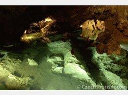Koněprusy Caves