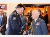 Oslava 93. narozenin brig. gen. v.v. Emila Bočka (pilot RAF) - s Policejním prezidentem brig. gen. Tomášem Tuhým