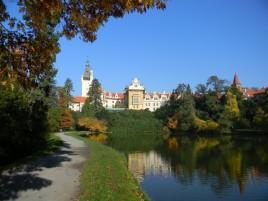 Pruhonice - park a castle (UNESCO)